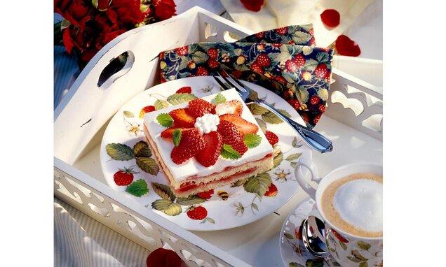 Prăjitură cu căpșuni și lămâie
